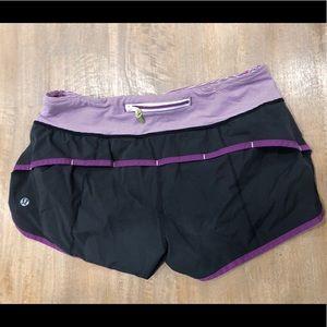 Lululemon 'Speed Short' running shorts - size 6